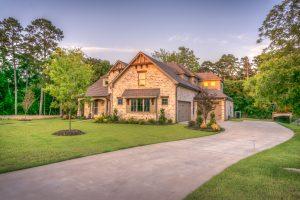 Kredyty hipoteczne - warunki, umowa, wkład własny
