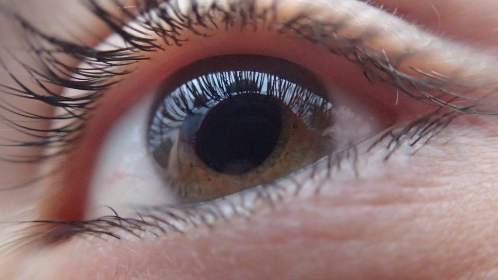 Jak lekarz bada wzrok? Zaglądamy do gabinetów okulistycznych