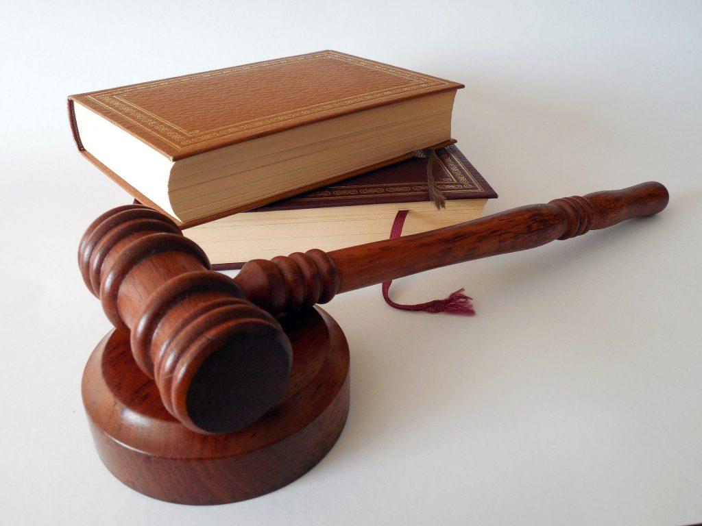 Kasa fiskalna w branży prawniczej