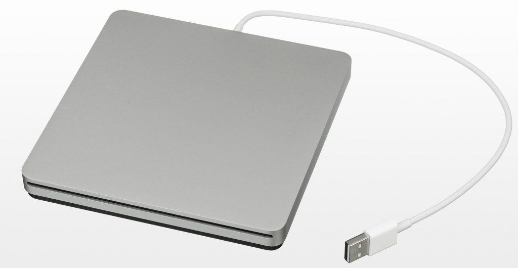 Korzyści z dysków SSD – czy są odpowiednie dla każdego?